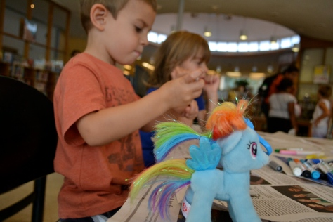 Special guest star: Rainbow Dash, which Hazy bought for George with her own money!